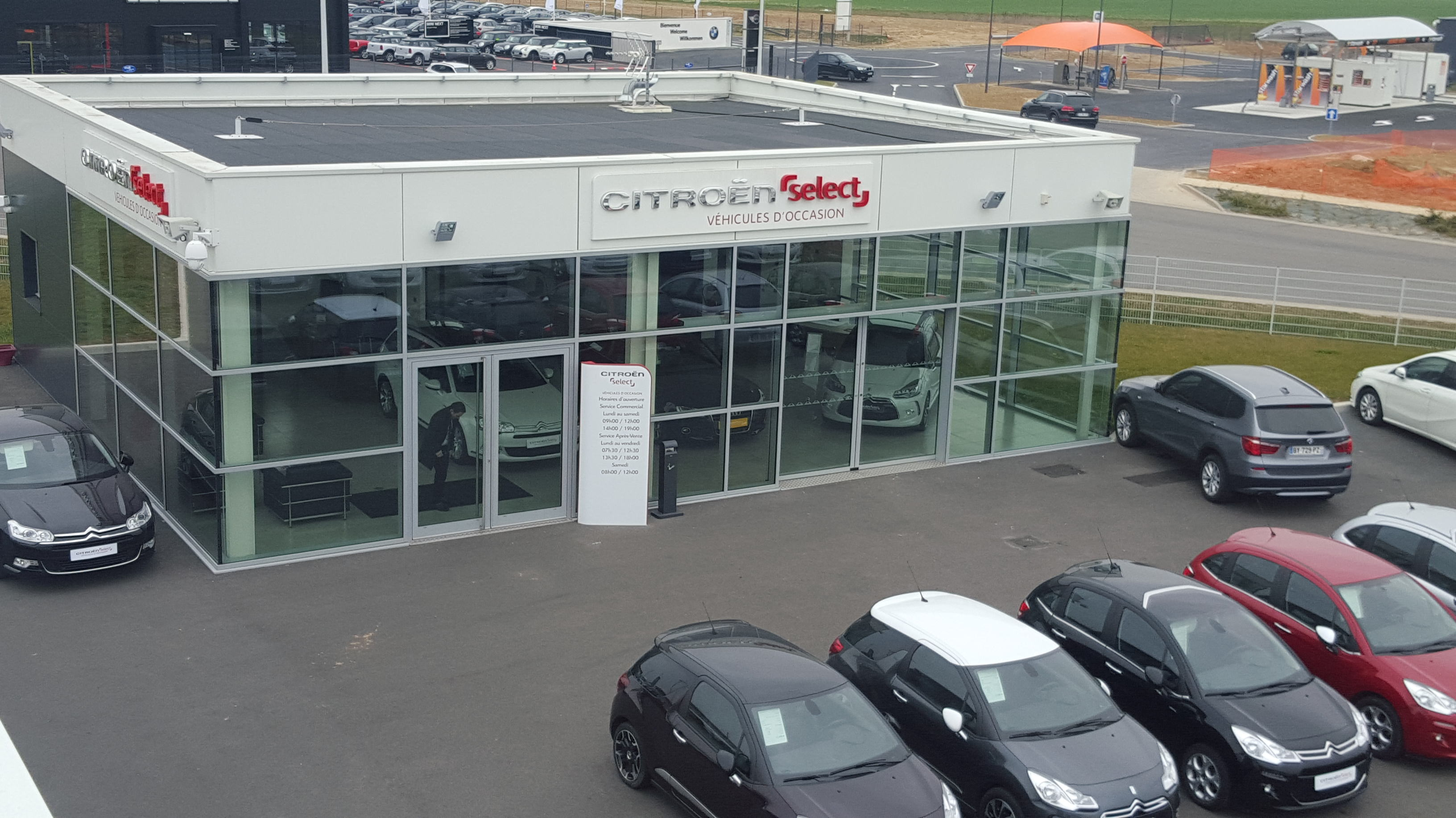 Garage citro n en 2014 2015 agence philippe fichet for Garage citroen crepy en valois